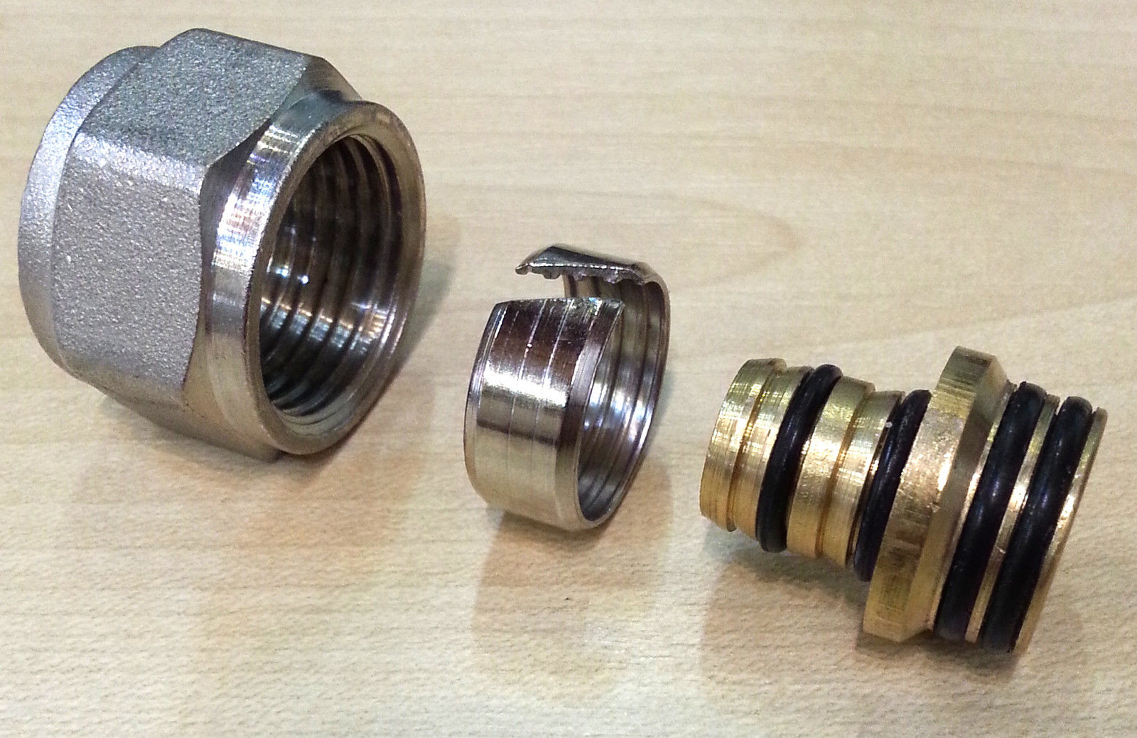 16mm-Eurocone-Pipe-Connectors-For-Dismy-Underfloor-Heating-Manifolds-161671757428